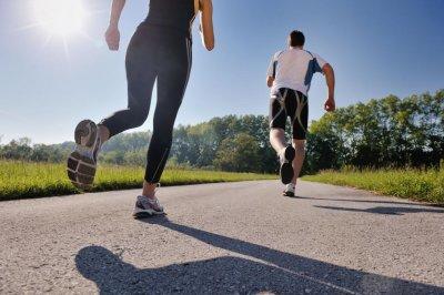 Программа тренировки на улице для девушек: лучшие упражнения, техника и особенности выполнения на свежем воздухе