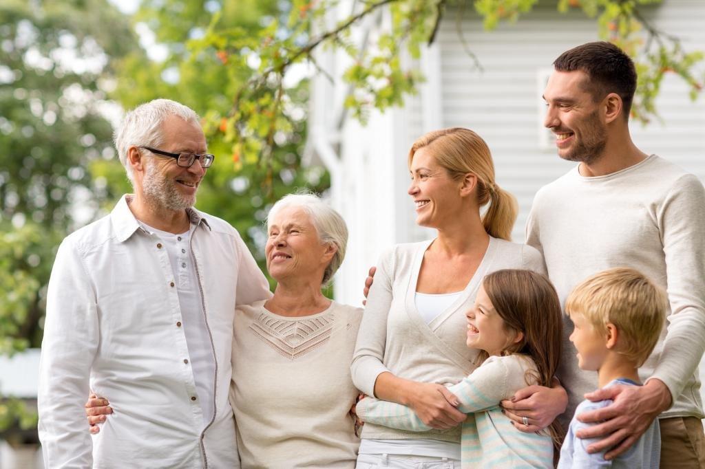 Здоровая семья вместе с омега-3