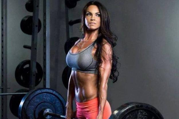 девушка фитнес питание спортзал