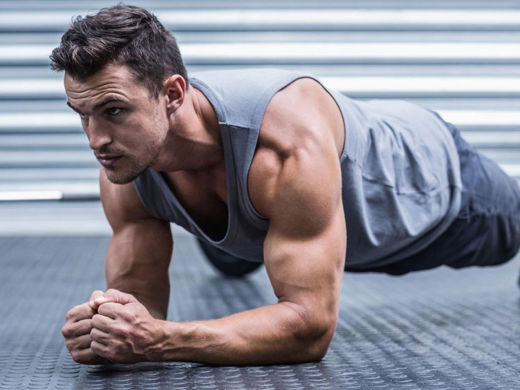 мужчина фитнес планка спорт похудение тренировки