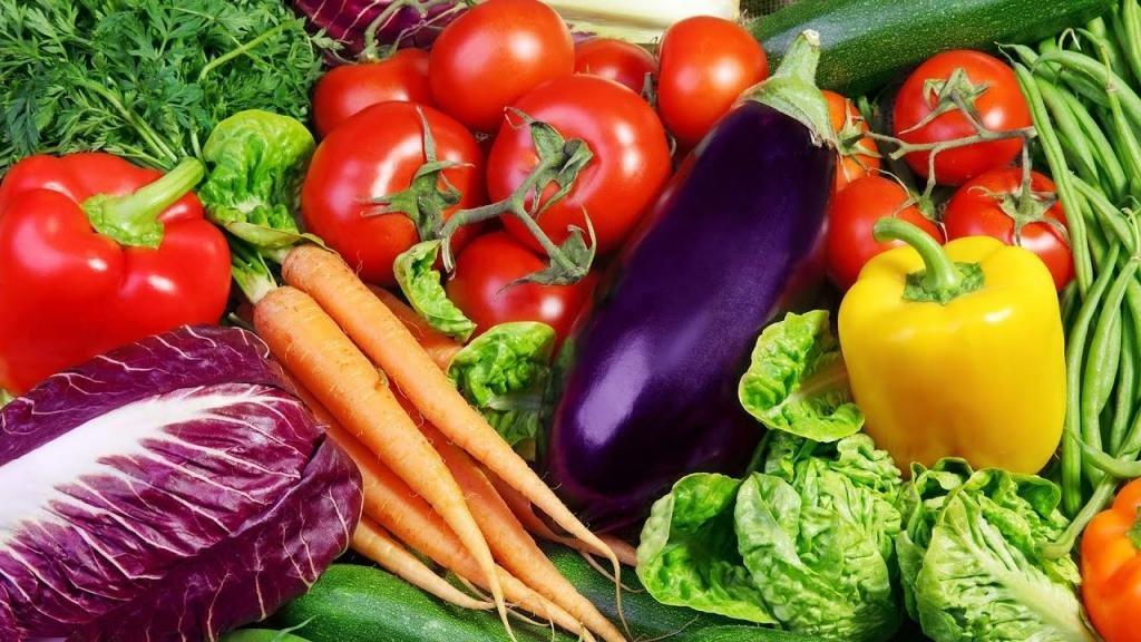 овощи баклажаны и морковь