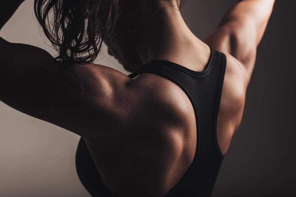упражнения для женской спины