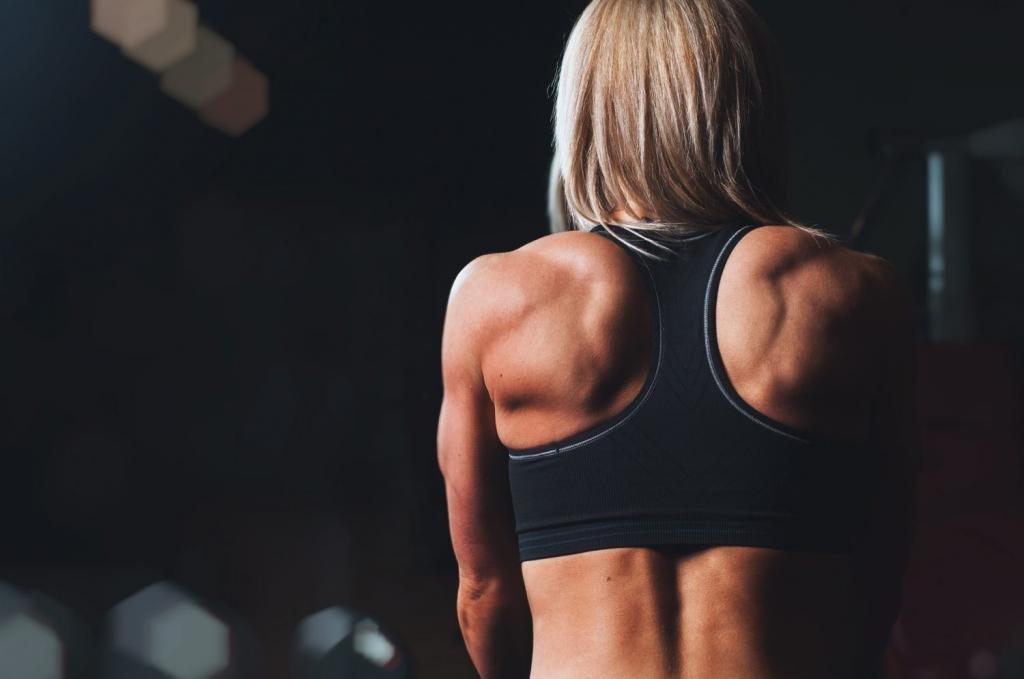 как не перекачать спину