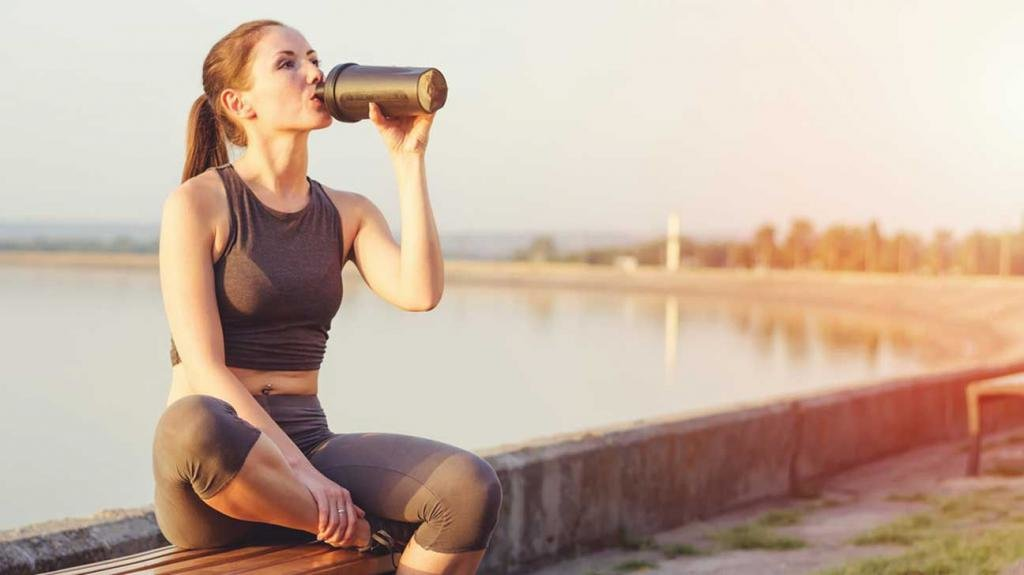 Со скольки лет можно пить протеин?