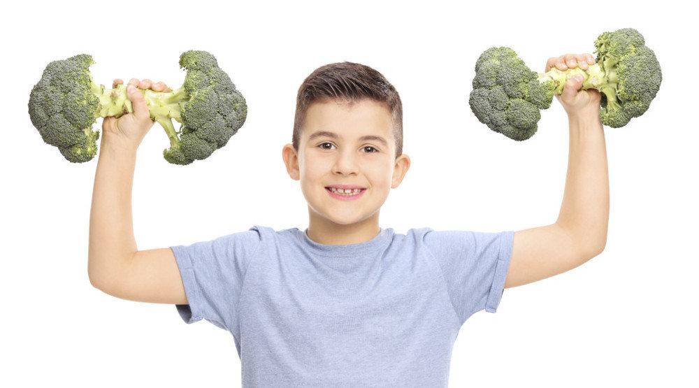 Со скольки лет можно принимать протеин подростку?