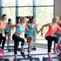 Аэробика: противопоказания для занятий, рекомендации врачей, правила и интенсивность выполняемых упражнений, плюсы и минусы тренировок