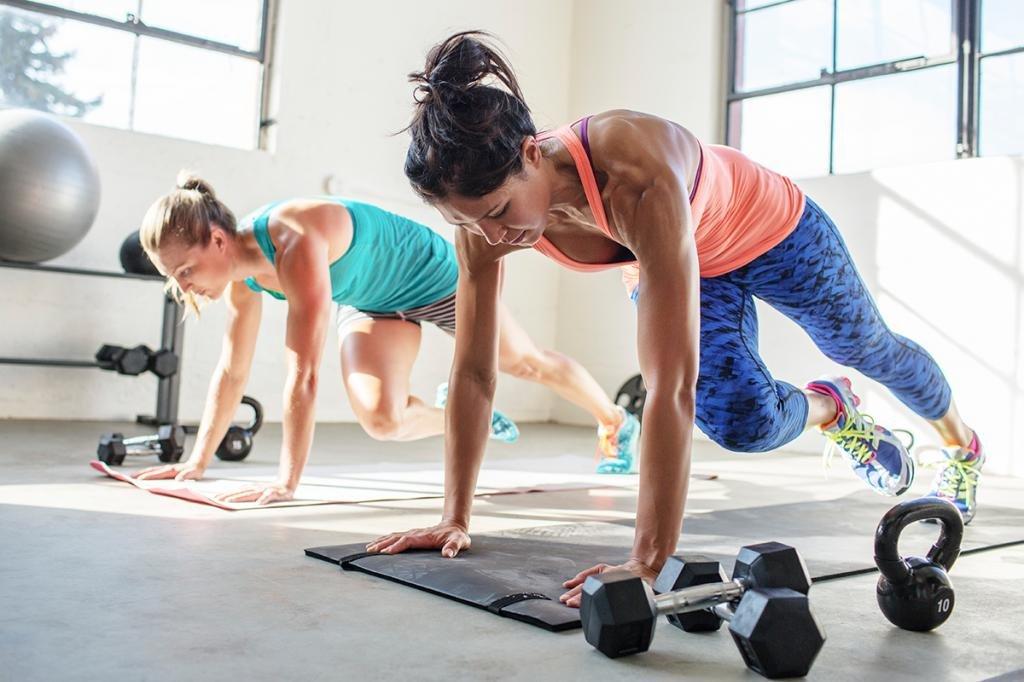 Как правильно тренироваться в тренажерном зале?