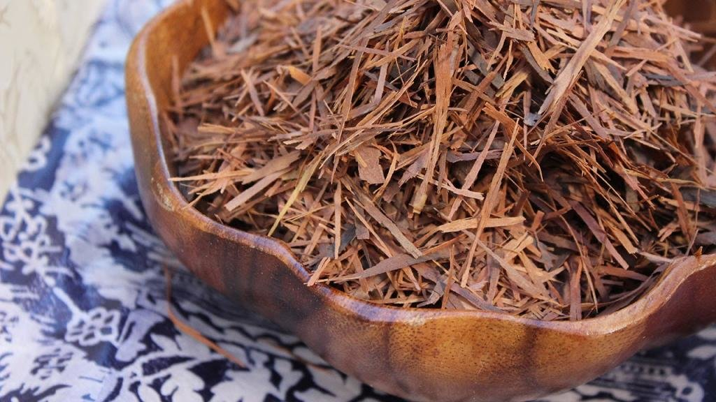 польза коры муравьного дерева