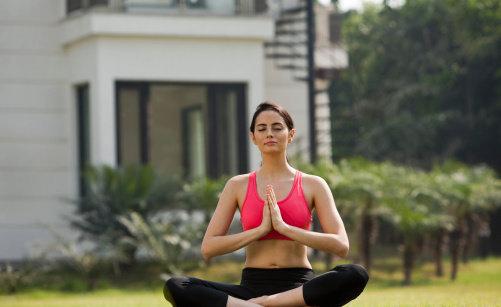 статическое упражнение для груди