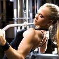 Тренировка спины для девушек в тренажерном зале: правила проведения занятия, техника выполнения, виды упражнений и расписание тренировки