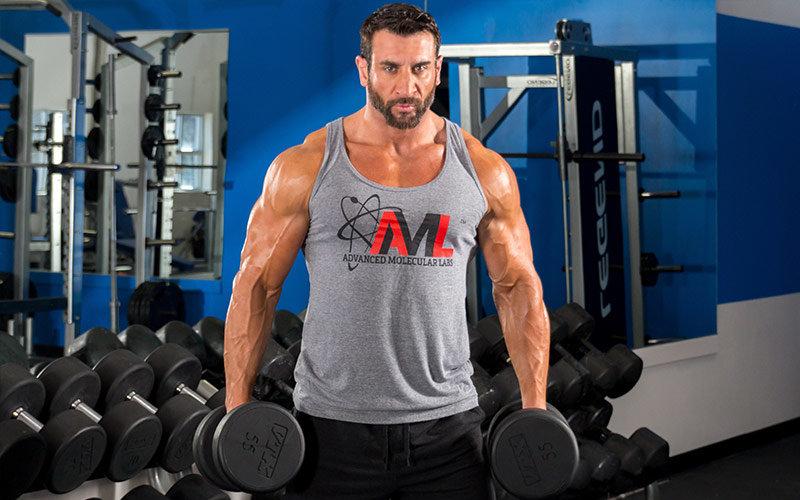 Гантели подходят для любой группы мышц
