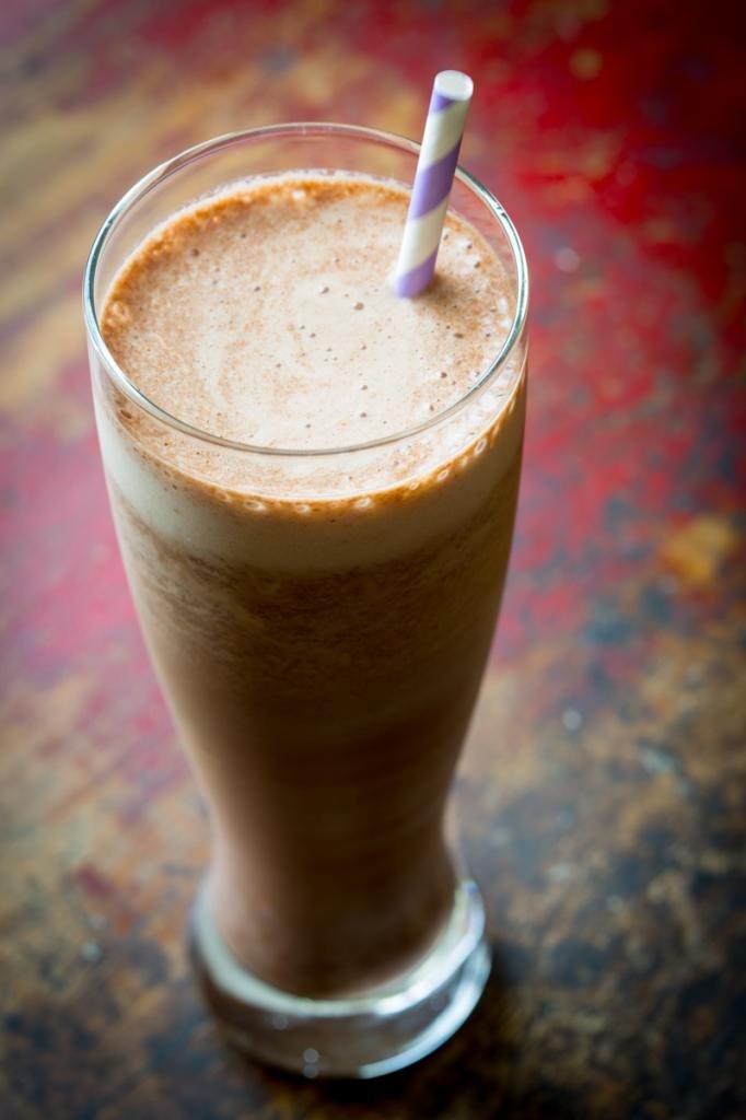 шоколадный белковый коктейль