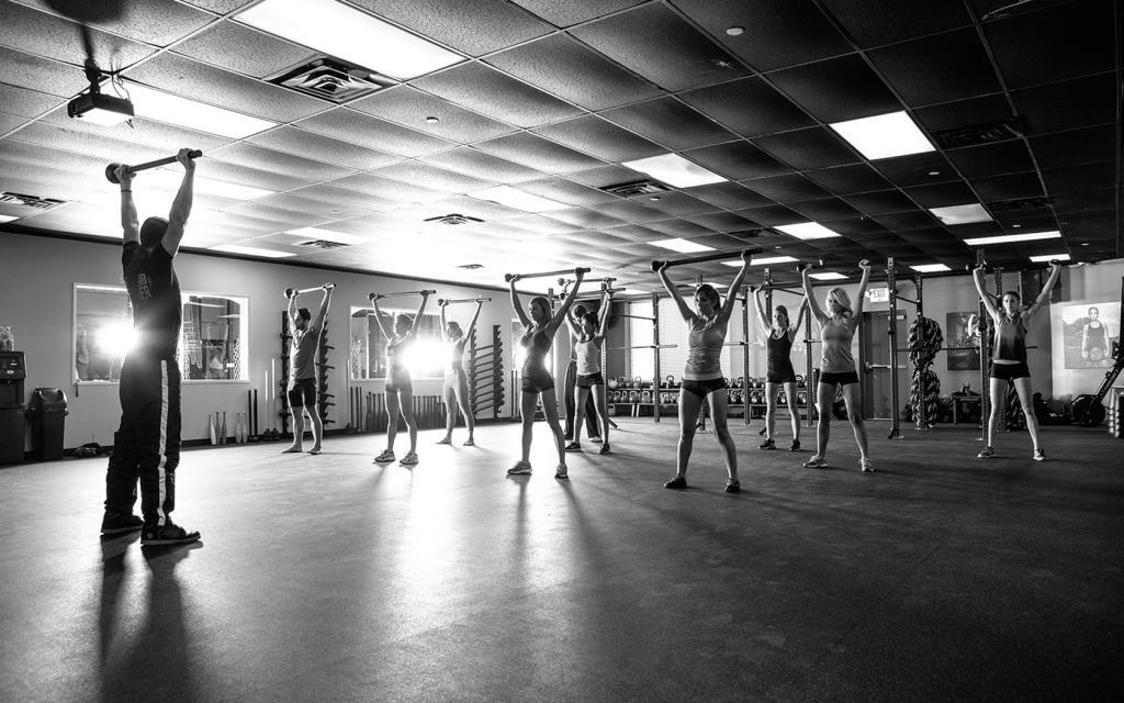 Сколько калорий сжигает силовая тренировка в час