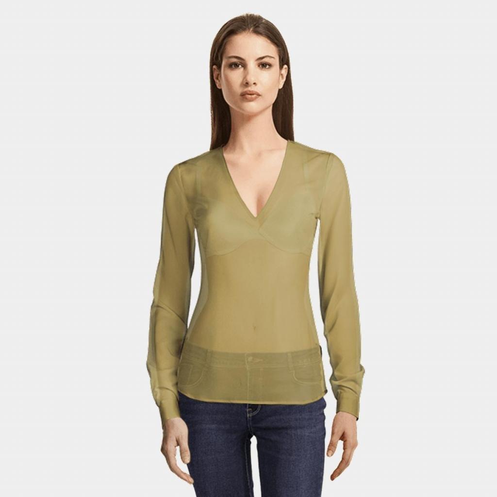 одежда, подчеркивающая грудь