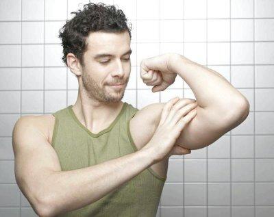 Как накачать бицепс в домашних условиях: программа тренировок, эффективные упражнения