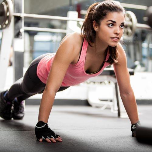 девушка фитнес спорт тренировки