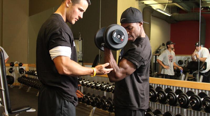 тренировка на руки для мужчины