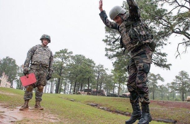 Армейская пружина солдата
