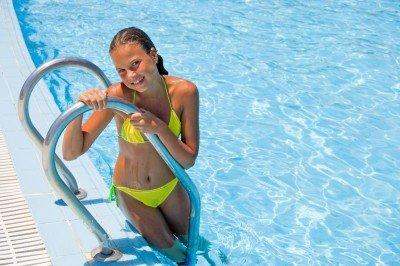❶ Как научиться плавать взрослому