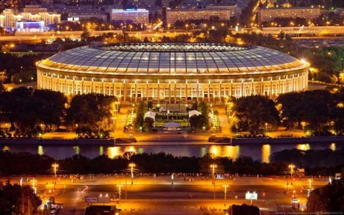 Какой матч 1/8 финала ЧМ-2018 по футболу пройдет в Москве на стадионе Лужники