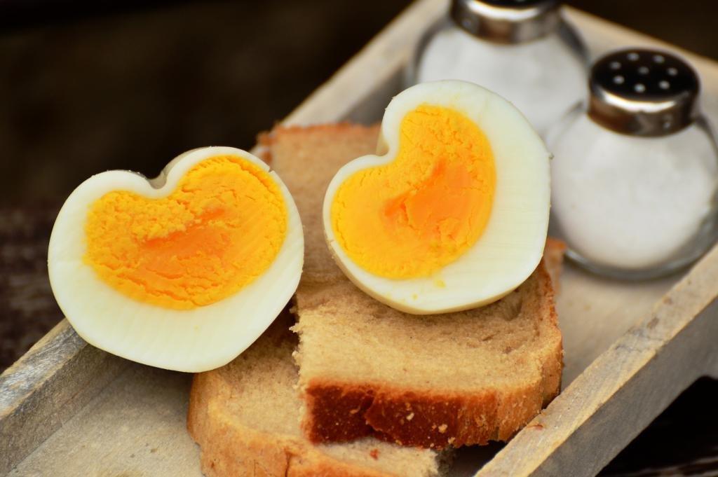 витамин b4 в желтке яиц