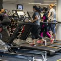 Программа для похудения в тренажерном зале: комплекс упражнений, составление плана занятий, проработка групп мышц, показания и противопоказания