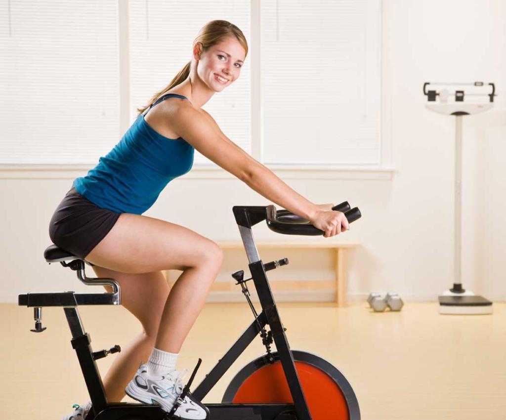 Велотренажер для похудения ягодиц и бедер